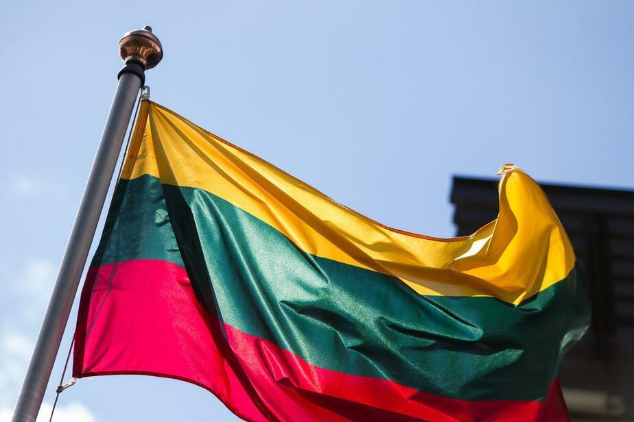 Специалисты сообщили о нехватке молодёжи в Литве